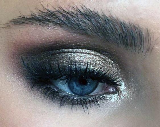Dark Brown And Gold Eyeshadow Women