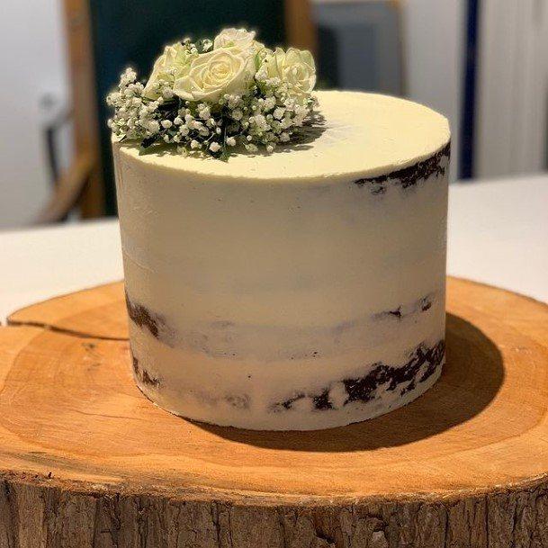 Delicious Chocolate Wedding Cake