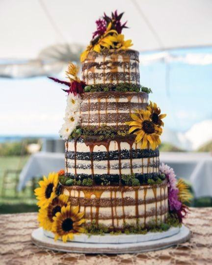 Delicious Meltng Wedding Cake For Women Sunflowers