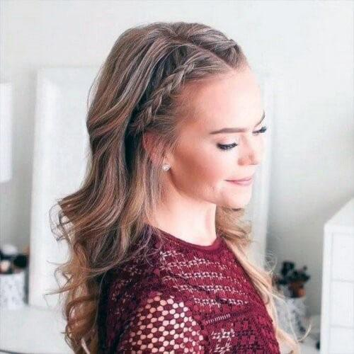 Elegant Middle Parted Hairstyle For Women