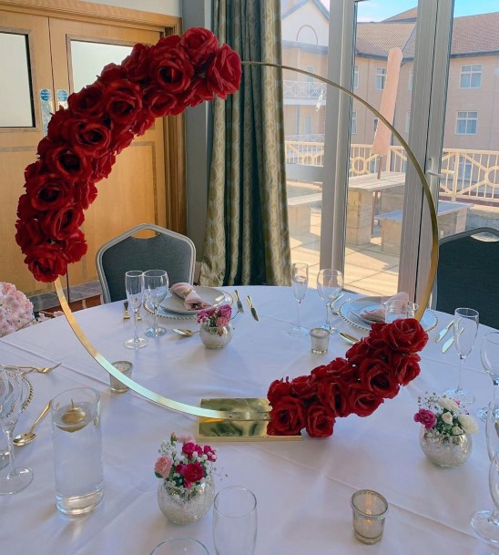 Elegant Ring Plant Stand With Red Roses Wedding Centerpiece Ideas