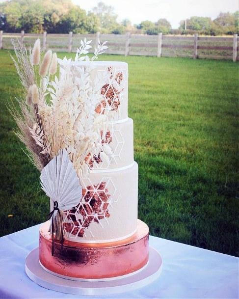 Exotic Decor Womens Wedding 3 Tier Cake