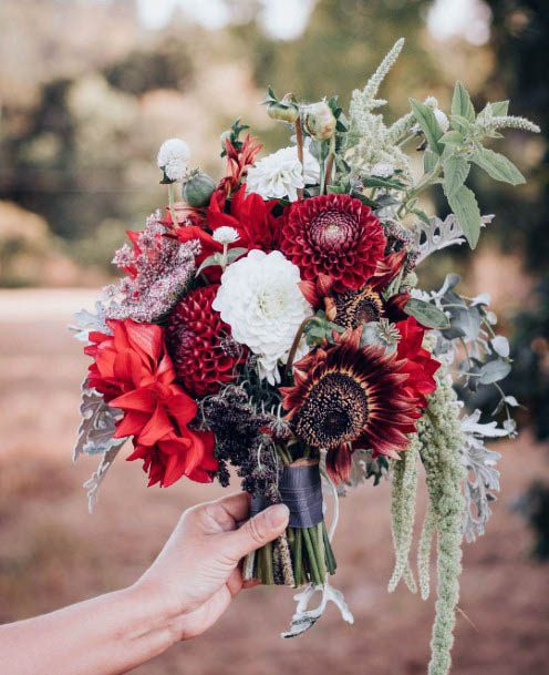 Exquisite Red Wedding Flowers