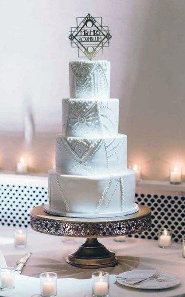 Exquisite Wedding Cake Stand Women Brass