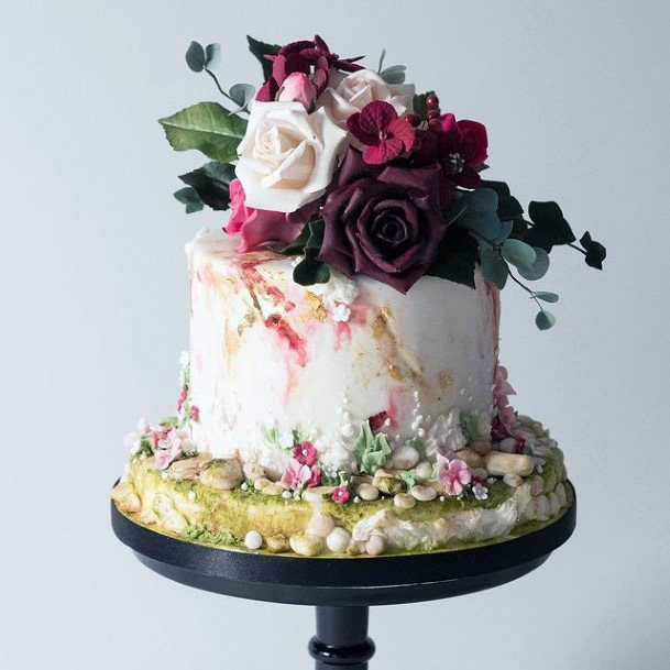 Fall Wedding Cakes Women Roses Galore