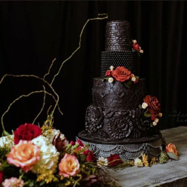 Fall Wedding Ideas Halloween Inspired Black Cake