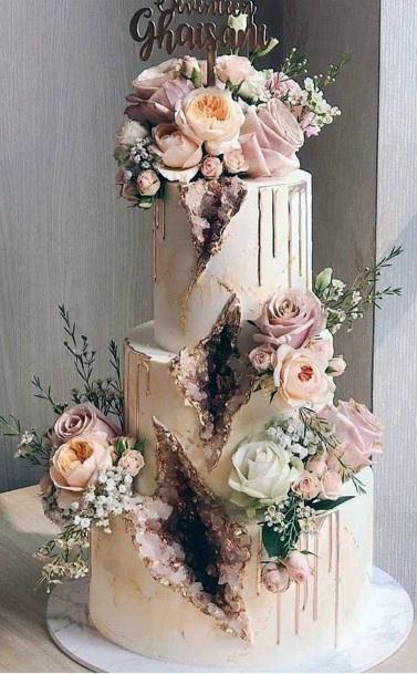 Fancy Geode Design Cake With Blush Roses Wedding Cake Ideas