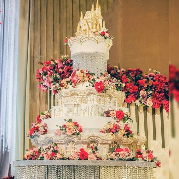 Fantastic Large White Unique Cake With Flowers