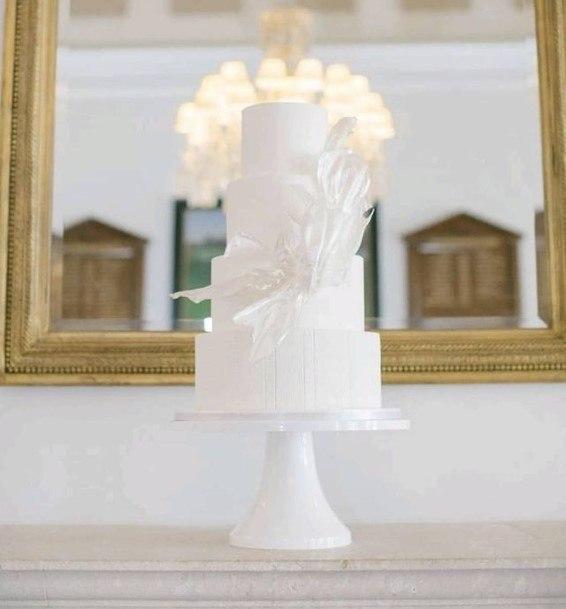 Feathery Wedding Cake White