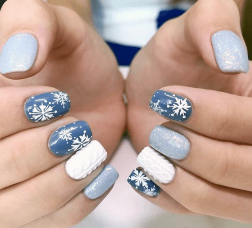 Festive Snow Nails Blue And White For Women