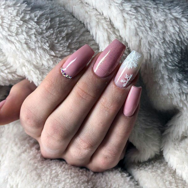 Flakes And Pink Nails Sugar Effect Women