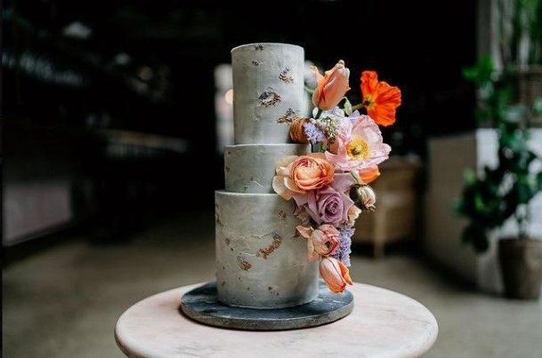 Floral Bouquet Beautiful Wedding Cake