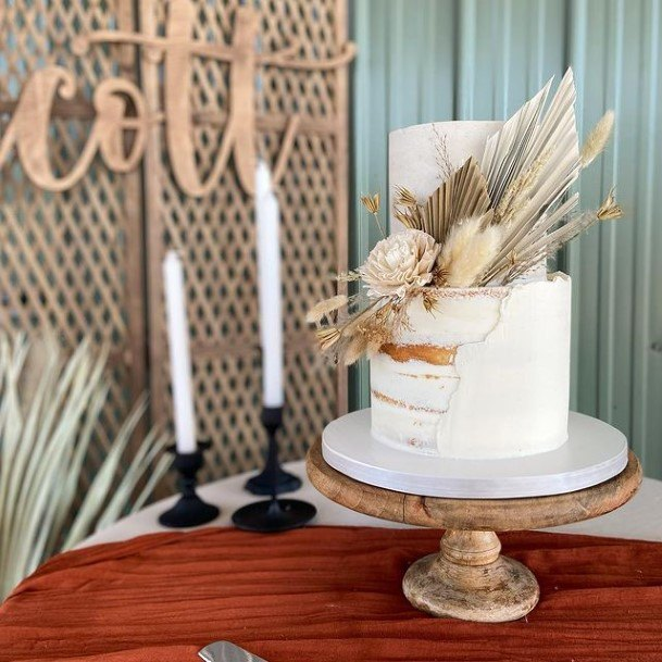 Forest Dried Flora On 2 Tier Wedding Cake