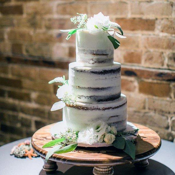Four Legged Wooden Wedding Cake Stand Women