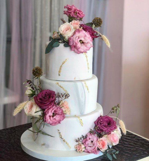Fragrant Flowers Beautiful Wedding Cake