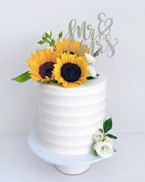 Gigantic Sunflowers On Wedding Cakes Women