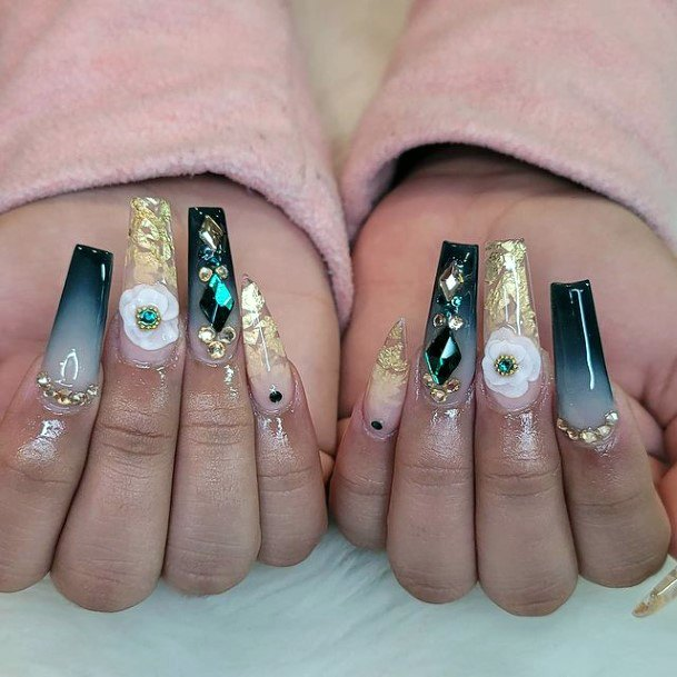 Glam Nails Gold And Green For Women