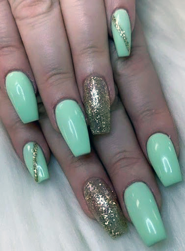 Gleaming Gold And Pista Green Nails