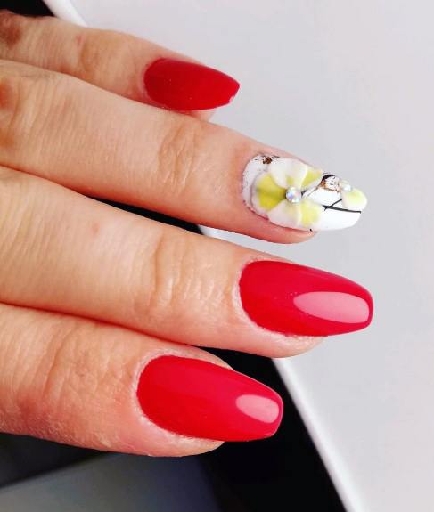 Glowing Red And Orchid Nails