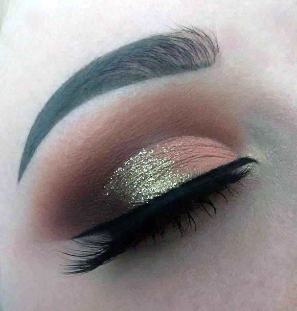 Gold And Brown Sparkles Eyeshadow Women