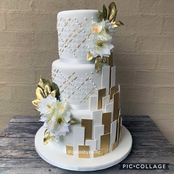 Golden And White Designs Womens 3 Tier Wedding Cake