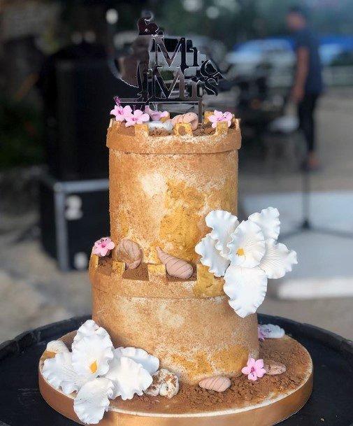 Golden Beach Wedding Cake Women