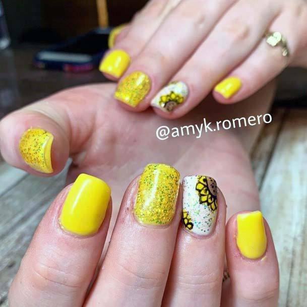 Golden Foils Bright Yellow Nails For Women