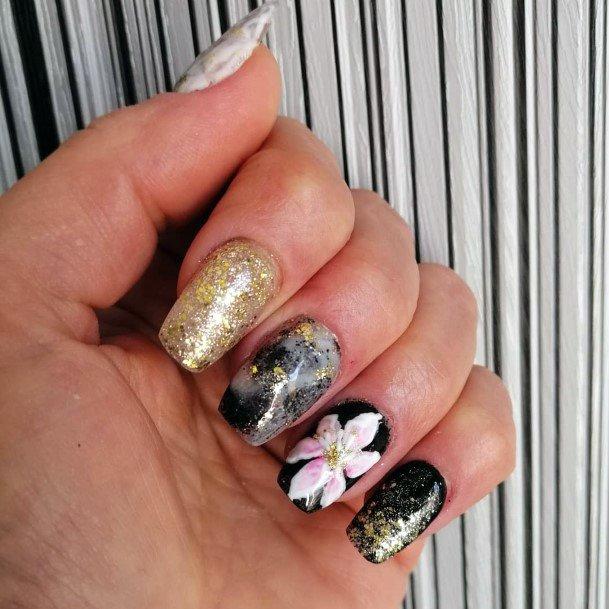 Golden Glitters And Lily Art Women Nail Design Ideas