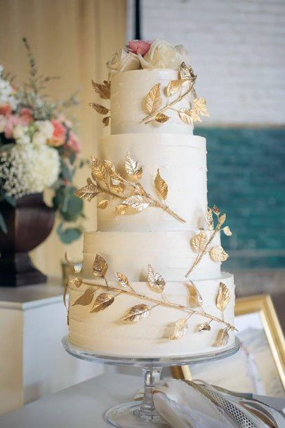 Golden Leaf Creeper Wedding Cake