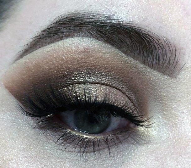 Golden Sheen Eyeshadow Women