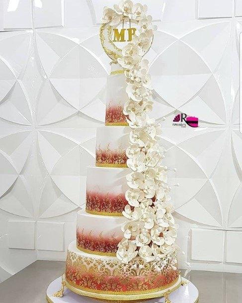 Gorgeous Large And Beautiful Wedding Cake