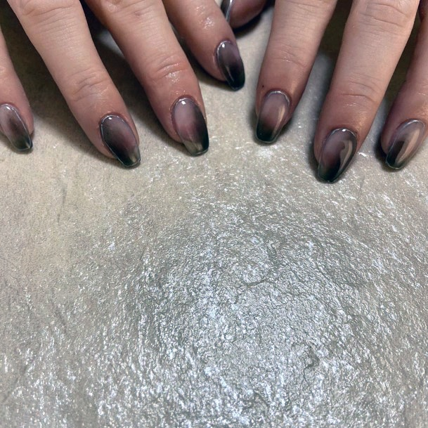 Gradient Brown Nails Women