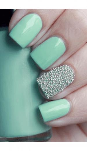 Grainy Beaded Mint Nails For Women