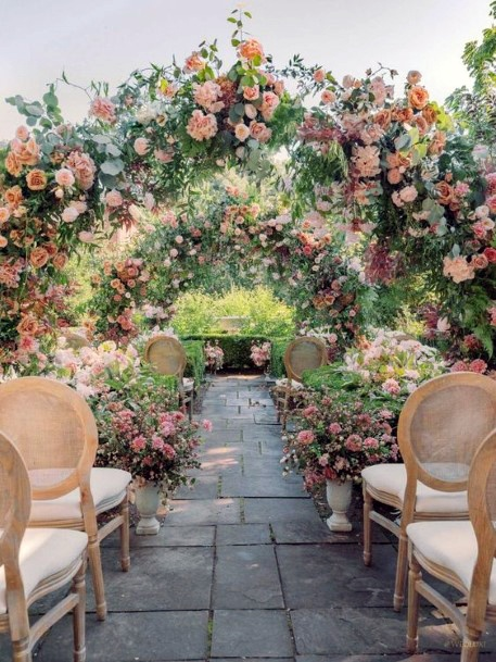 Grand Archway Wedding June Flowers