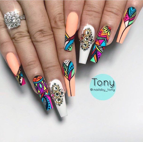 Graphic Colorful Nail Ideas For Women