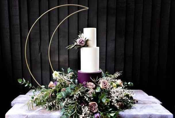 Great Wedding Cake Purple And White