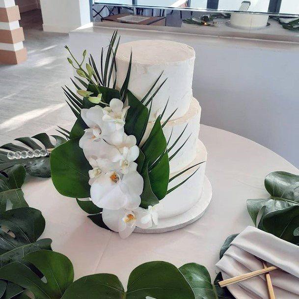 Greenery Red Velvet Wedding Cake