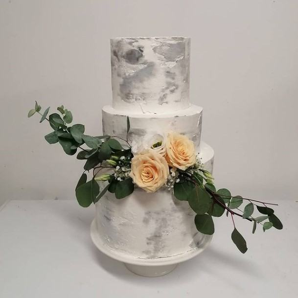 Grey And White Beautiful Wedding Cake With Leafy Rose