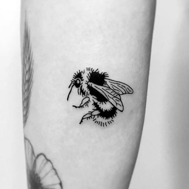 Hairy Black Bee Tattoo For Women