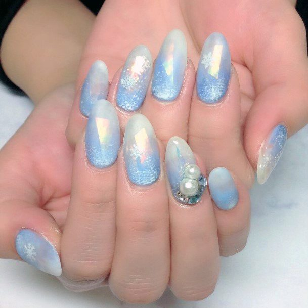 Hologram Effect Bluish White Snow Nails With Jewel Women