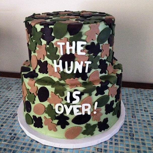 Hunting Over Camo Wedding Cake