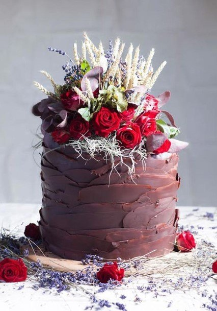 Inviting Chocolate Wedding Cake