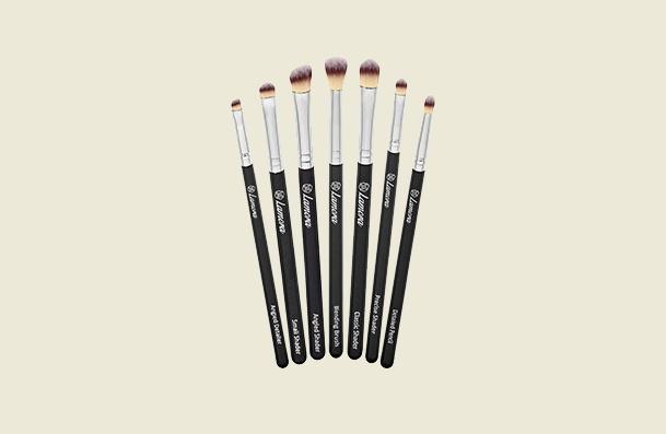 Lamora Beauty 7 Piece Eyeshadow Makeup Brush For Women
