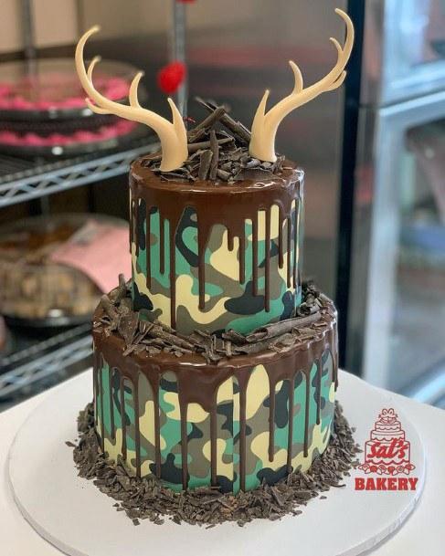 Large Horned Camo Wedding Cake