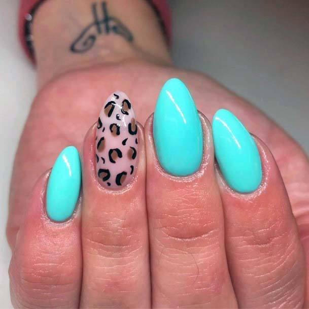 Leopard Accent Bright Blue Nails For Women