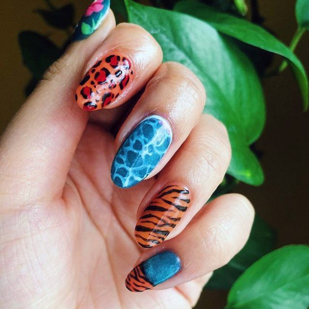 Leopard Design And Waves Blue Water Nails For Women Art