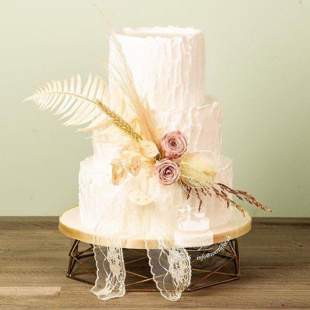 Light Buttercream White Wedding Cake