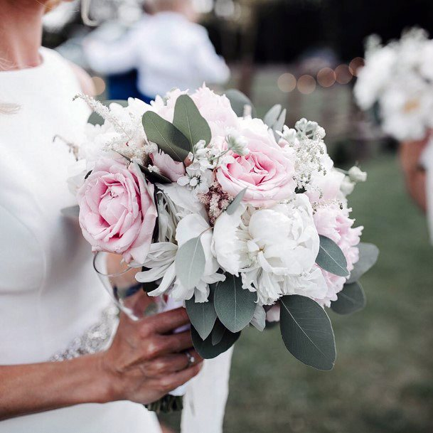Light Roses May Wedding Flowers