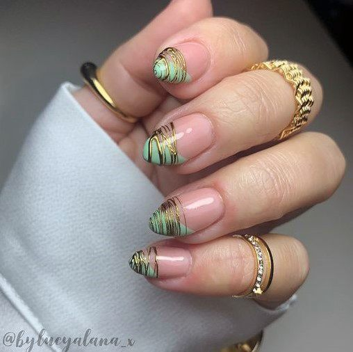 Lined Design On Nail Tips Women Green And Gold