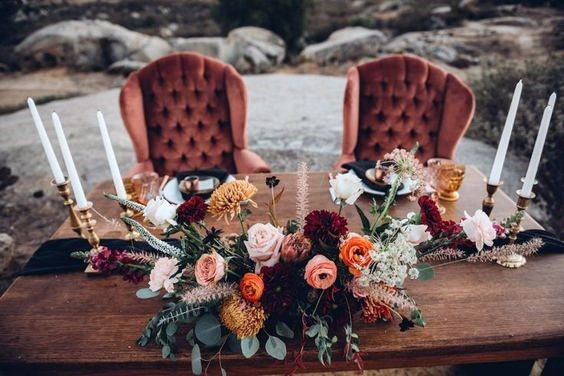Love Sofa And November Wedding Flowers